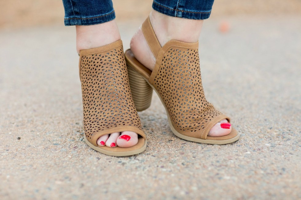 Skinny Jeans with Peep Toe block heels