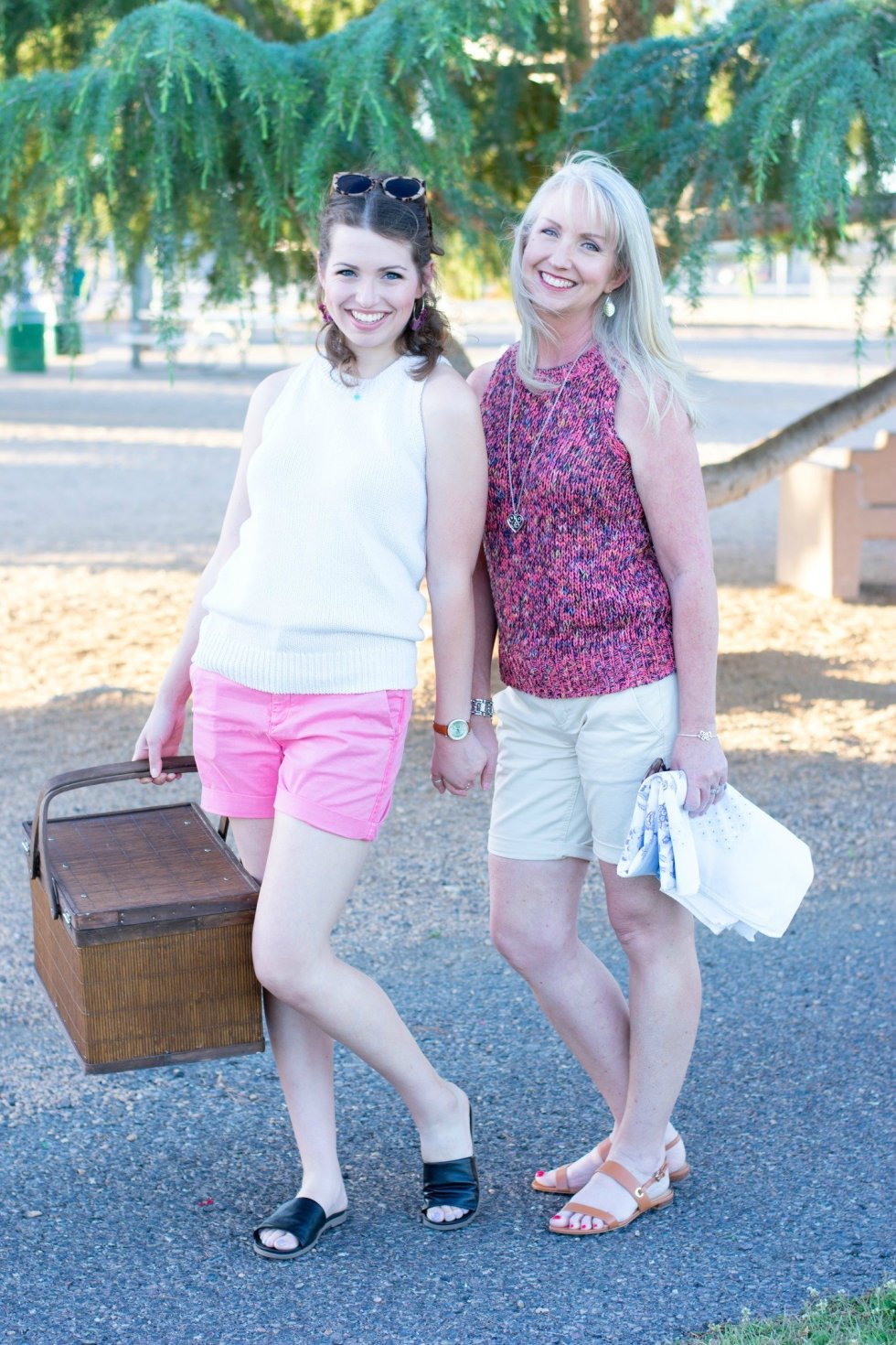 Sleeveless Summer Sweaters for Mother and Daughter