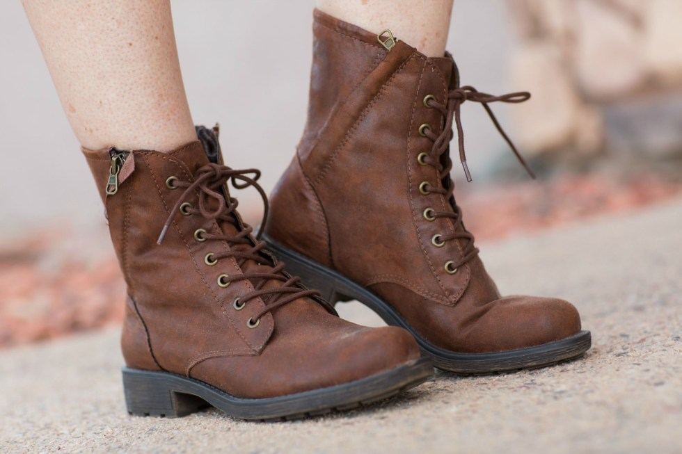 leather-boot-for-women
