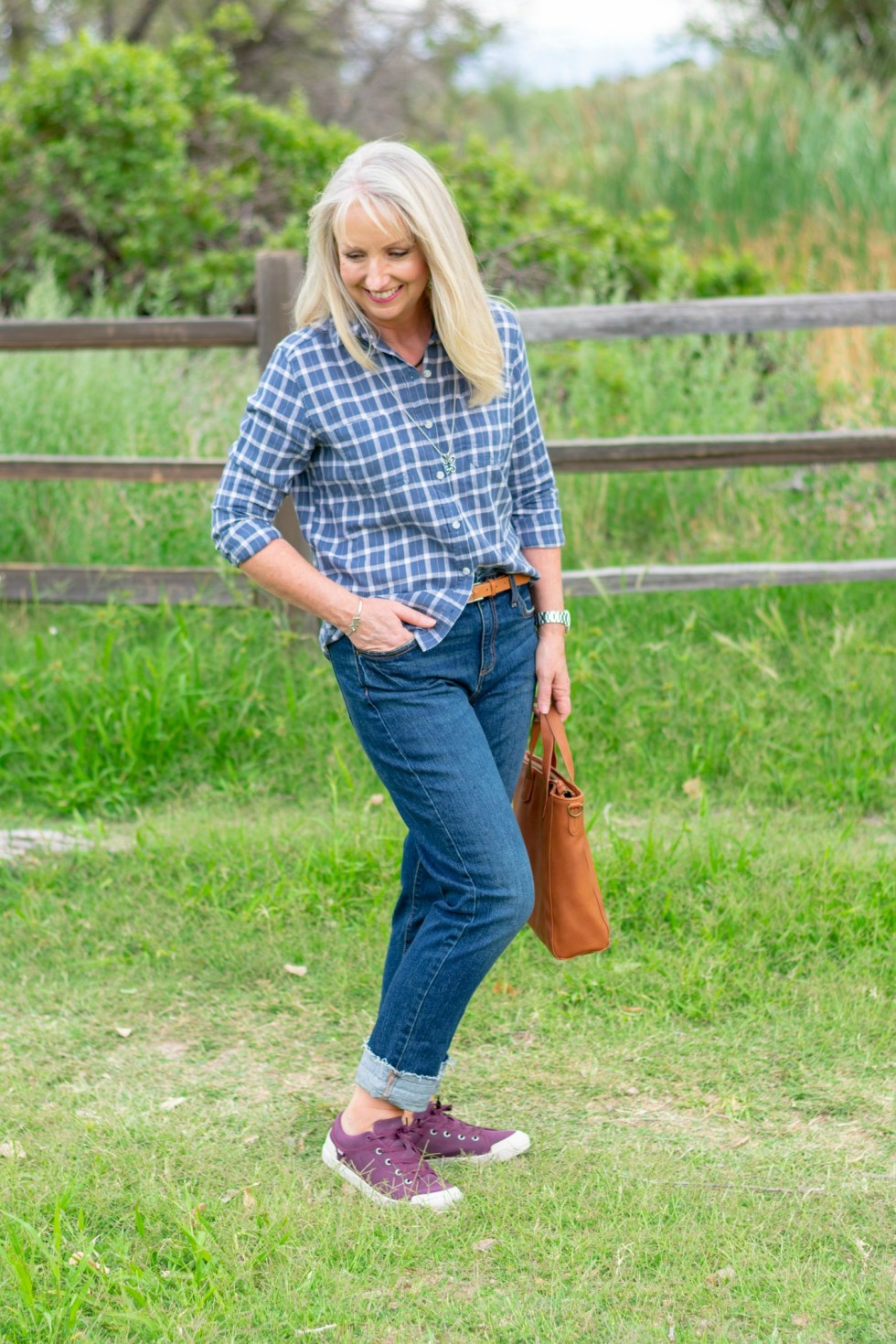 Boyfriend-Jeans-Plaid-Button-Up-Top