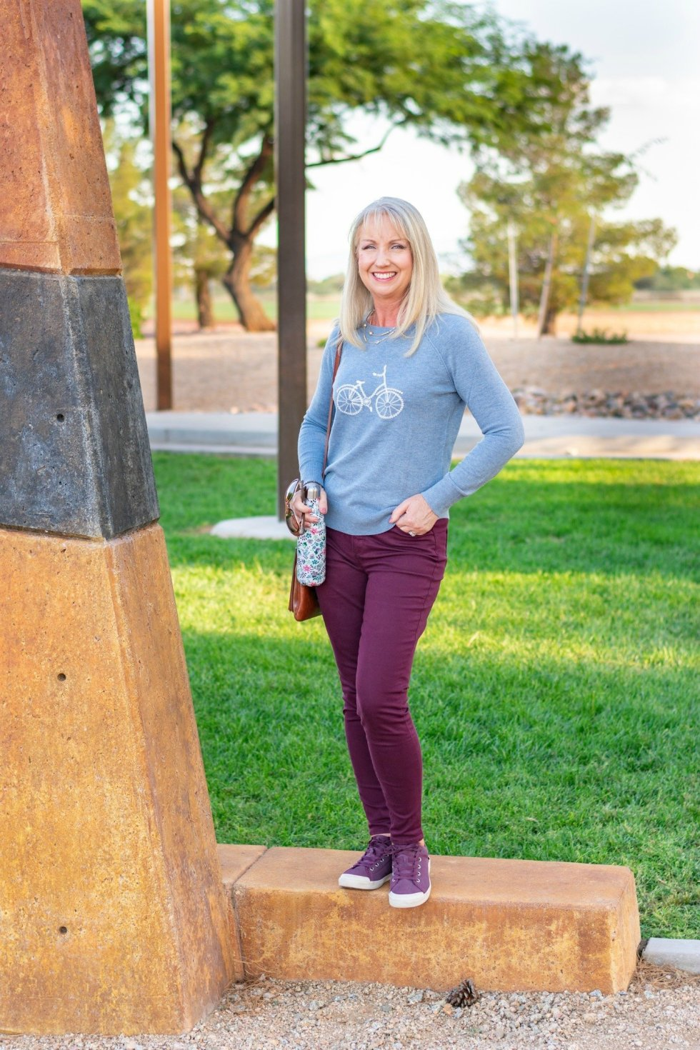 Fun Pullover + Merlot Jeans for a Casual Fall Look