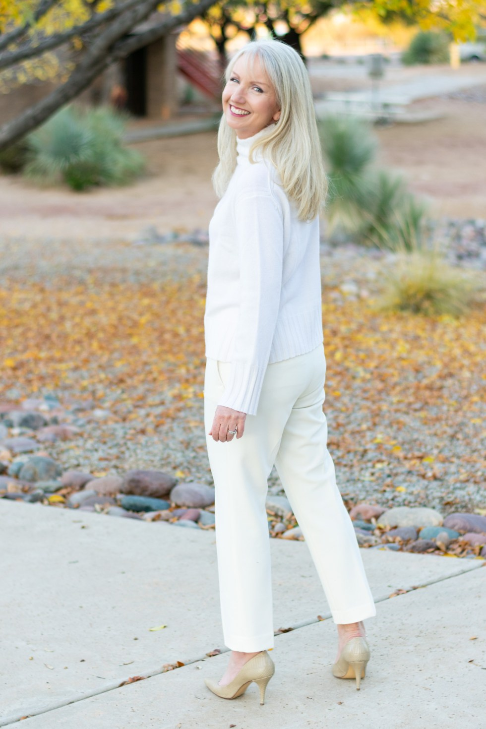 How to Wear All Winter White 04