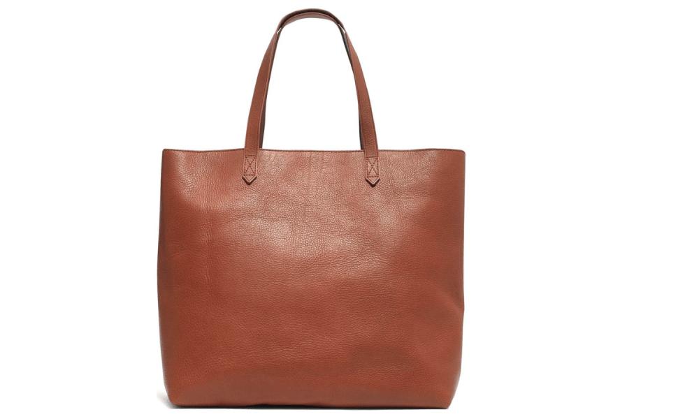 Spring 2019 Wardrobe Essentials tote