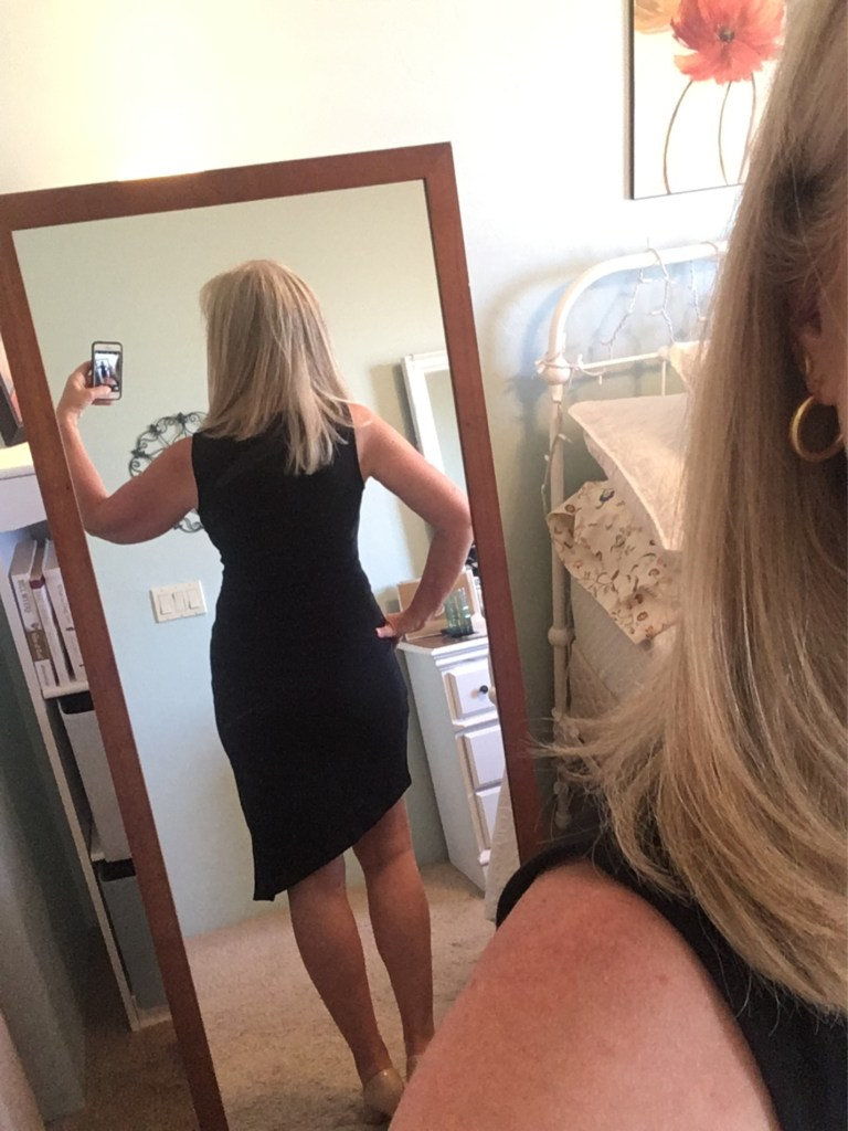 Back view of tie front dress