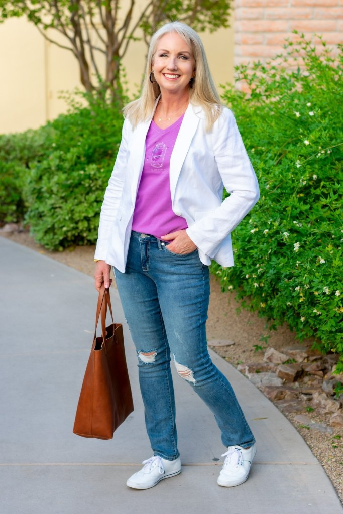 white blazer with distressed jeans and tee
