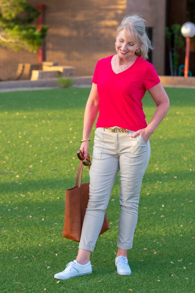 Simple Cargo Pants Combo for Summer