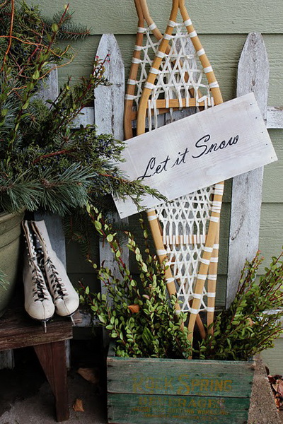 Christmas-Porch-Decorating-Ideas_15.jpg