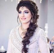 trendy pakistani bridal hairstyles