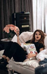 160+ selena gomez's style you'll love 047 | fashion