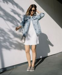 Denim jacket for women street style ideas (02)