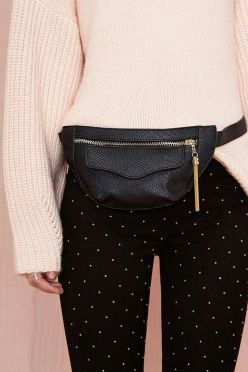 Buzzfeed.com 19 Fanny Packs That Will Liberate You From Your Purse