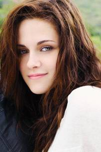 Kristen Stewart in a Gorgeous Fashion - 010 | Fashion DressFitMe