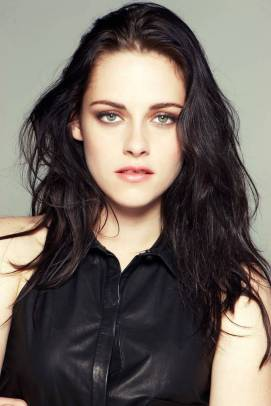 Kristen Stewart in a Gorgeous Fashion - 077 | Fashion DressFitMe