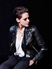 Kristen Stewart in a Gorgeous Fashion - 080 | Fashion DressFitMe
