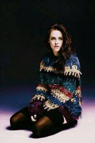Kristen Stewart in a Gorgeous Fashion - 089 | Fashion DressFitMe