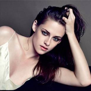 Kristen Stewart in a Gorgeous Fashion - 164 | Fashion DressFitMe