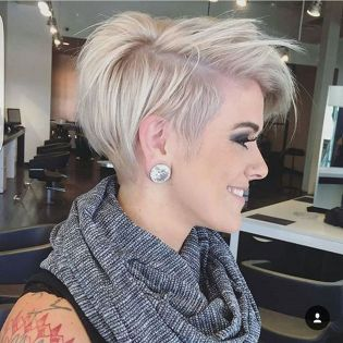 Pixie haircuts for women (21)