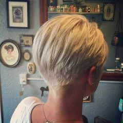 Pixie haircuts for women (23)