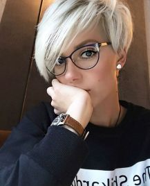 Pixie haircuts for women (38)