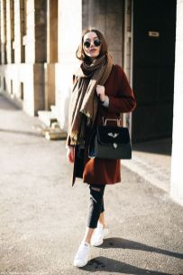 Rainy day cold weather outfit (43)