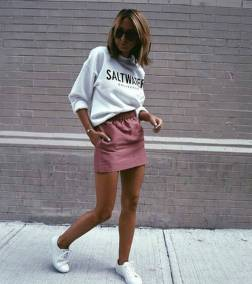 Women's white sneakers outfit 100