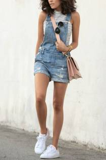 Women's white sneakers outfit 107