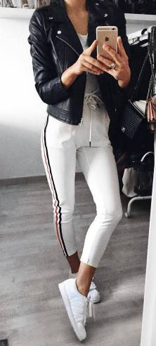 Women's white sneakers outfit 15