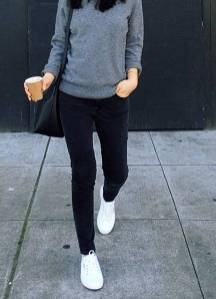 Women's white sneakers outfit 73