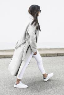 Women's white sneakers outfit 78