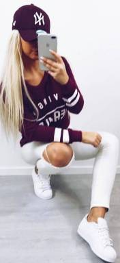 Women's white sneakers outfit 91