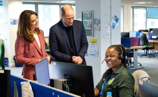Kate Middleton In Pink Marks Spencer Pantsuit For Nhs