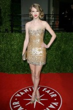 She arrived at the Vanity Fair Oscars after-party wearing a Zuhair Murad dress.