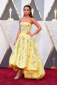 Alicia Vikander - Louis Vuitton - Oscar's 2016 - Dress Me Like a Dream