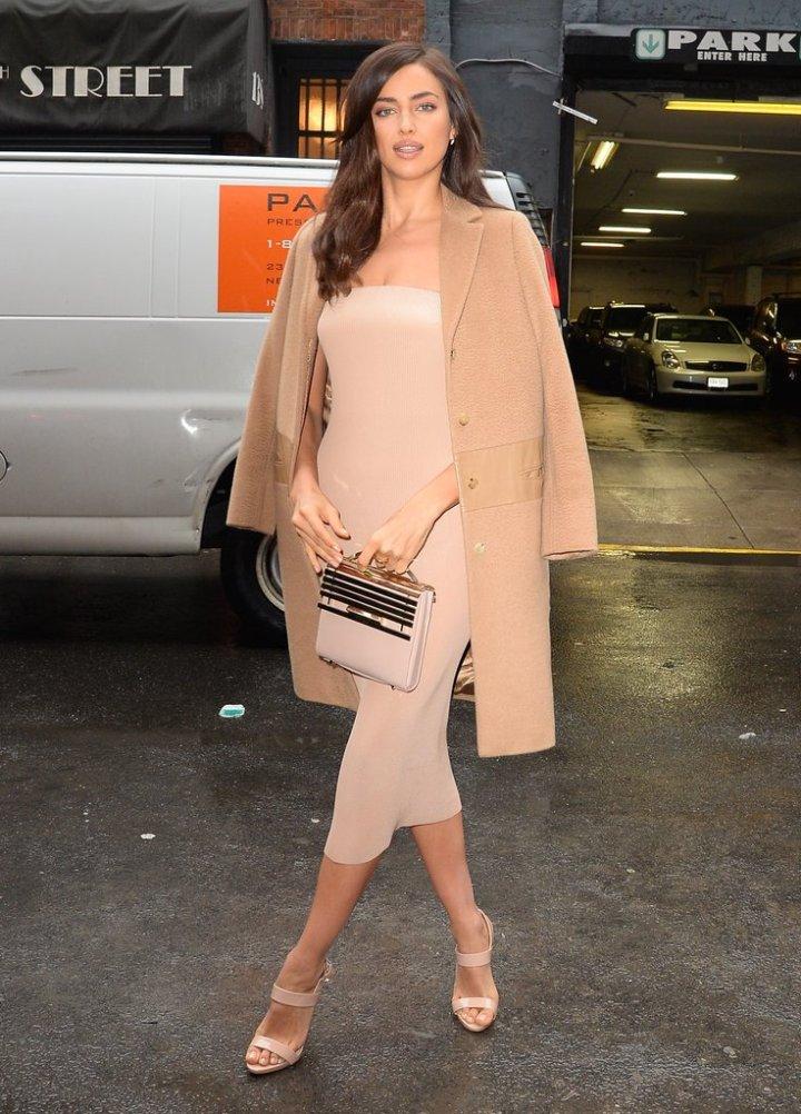 Irina-Shayk-wearing-Vionnet-dress-Giuseppe-Zanotti-heels