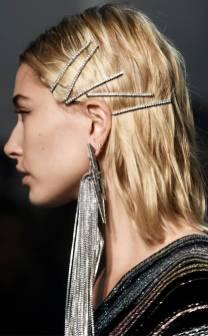 rs_634x1024-180215112132-634-hailey-baldwin-zadig-voltaire-hair-clips.jl.021518