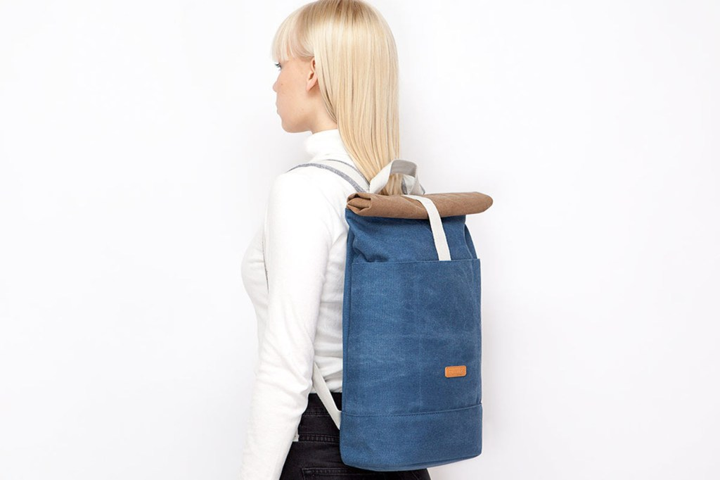 Gerade Frauen haben mit den minimalistischen Backpacks eine stylische Alternative zu den gewohnten, aber oft unhandlichen Handtaschen - Minimalistische Rucksäcke mit hohem Designanspruch