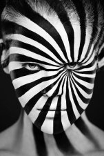 Awesome Black And White Portraits [Photos] - 001