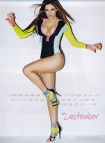 Kelly Brook Sexy Official 2013 Calendar [Photos] - 010