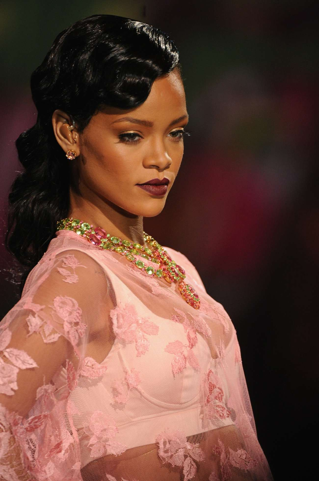 Rihanna Rocks Catwalk at Victorias Secret Fashion Show 2012 Photos  Scopecube