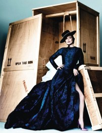 Kate Moss by Mario Testino for Vogue Spain [Photos] 011