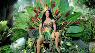 Katy Perry Roar Music Video 14