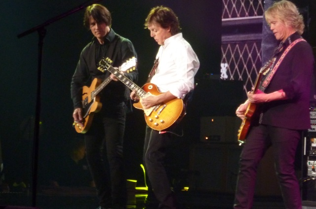 Concert Review Paul McCartney Gives Epic Performance In