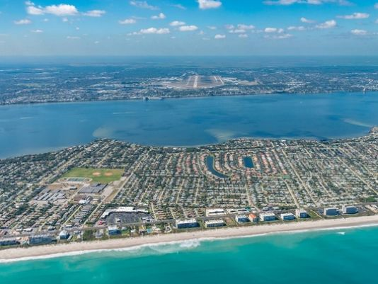 Orlando Melbourne International Airport labeled one of the world's most scenic approaches