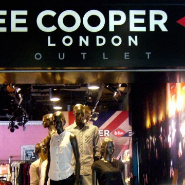 Lee Cooper Retail Store in China :: 2010/07 Beijing Shangjiz Outlet shop