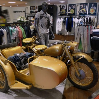 Lee Cooper in China :: retailing design and visual merchandising all shops props :: vintage sidecar bike