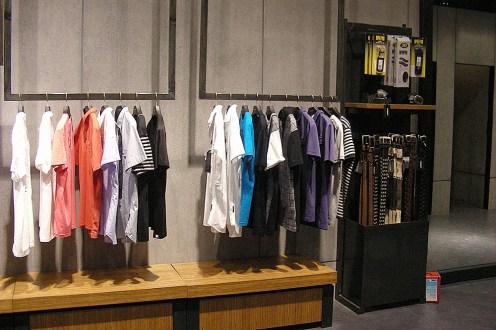 black raw steel accessories shelf, belts in use   British Fashion Retail Brand – Magnum London :: Visual Merchandising