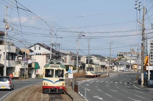 鏡川橋駅 ここで多くの電車は、折り返していく。