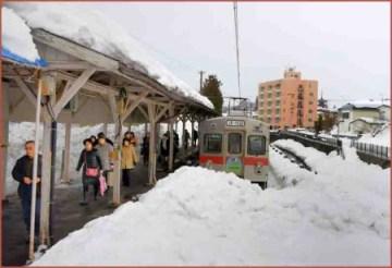 01_弘前中央駅2