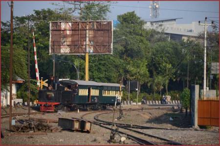 04_Purwosari駅1