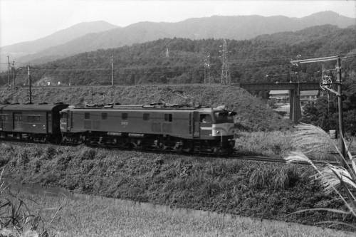 s-80.9.15関ヶ原EF5852[浜]